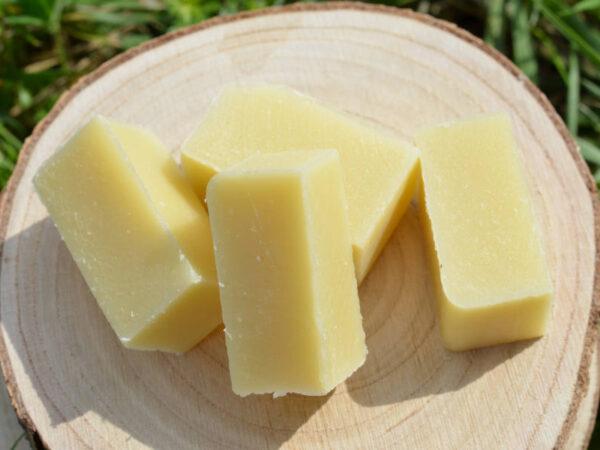 Dentifrice aux huiles essentielles de menthe