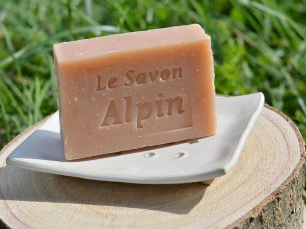 Savon solide artisanal et porte savon en céramique fabriqué en Savoie
