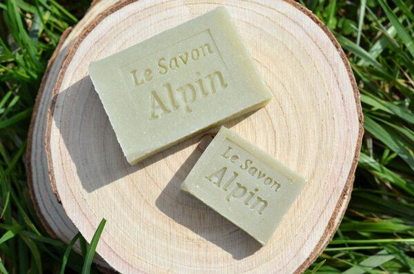 Savon à l'huile essentielle d'épicéa fabriqué en Savoie