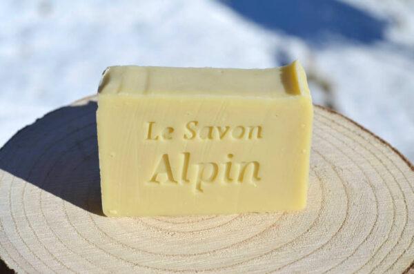 Savon solide artisanal au beurre de karité et huile d'olive